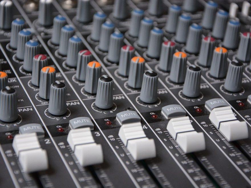 Förstärkaren är förbisedd i ett ljudsystem