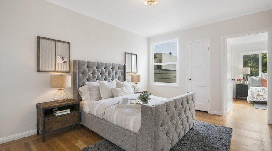 Få ett stilfullt och komfortabelt sovrum med kontinentalsäng